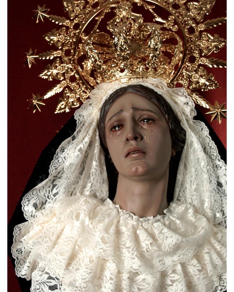 Virgen tallada