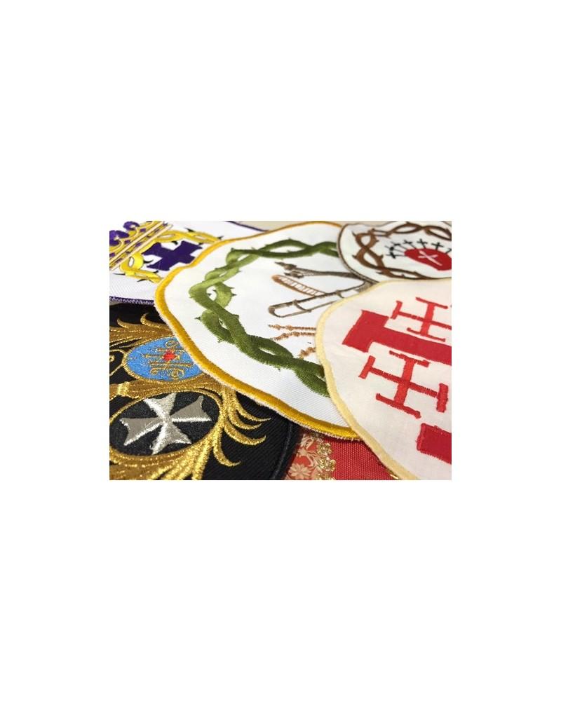 Galletas, escudos, parches bordados