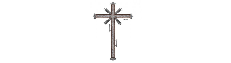 Fabricante de Cruz de guía en madera o metal repujado.